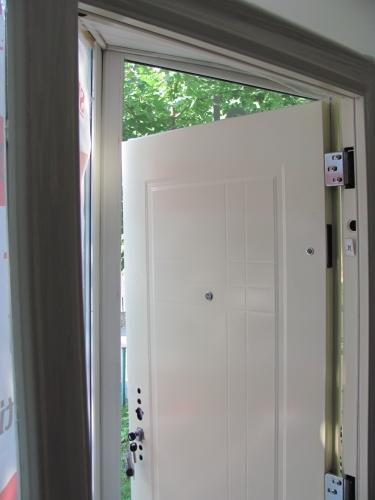 Montaj usi interioare