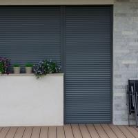 Rulouri exterioare incastrate casa