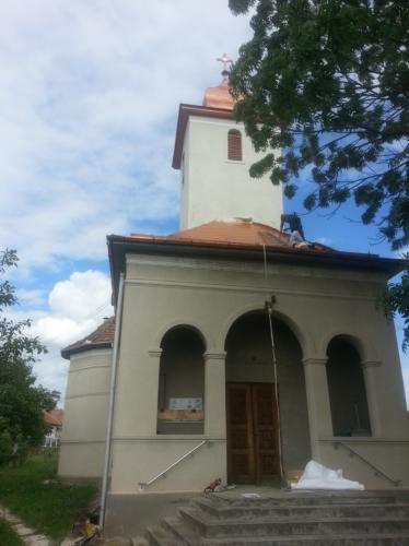 Montaj acoperiș biserică