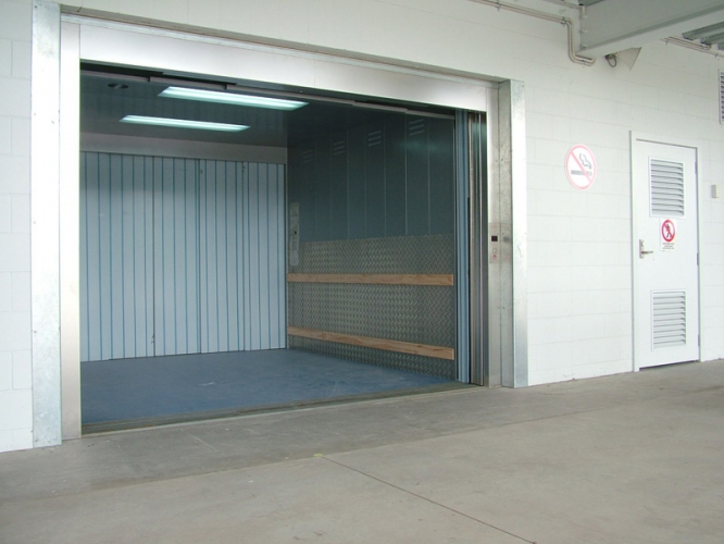Lift industrial